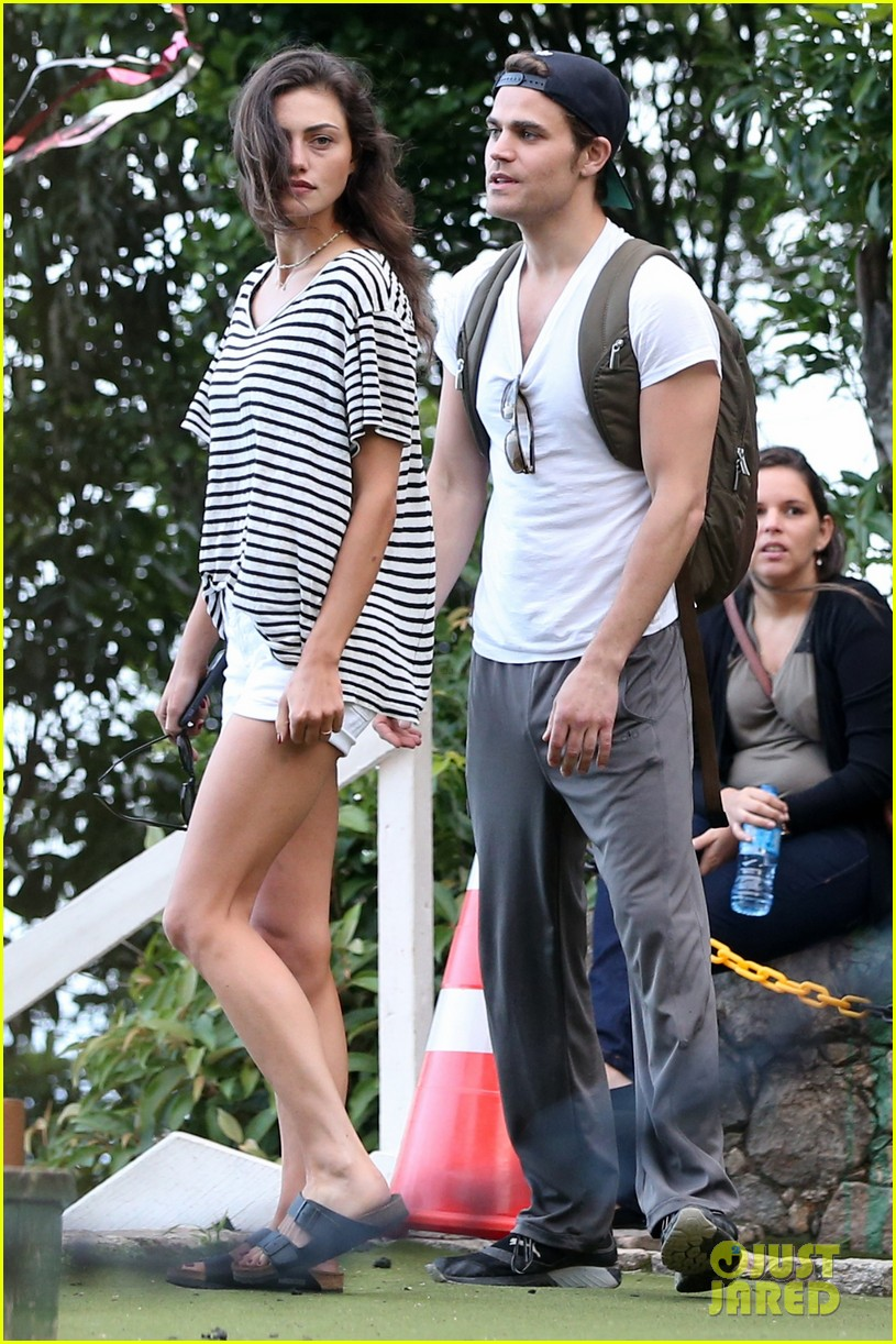 paul wesley amp phoebe tonkin look so cute together in rio
