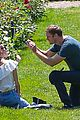 alexander skarsgard alexa chung pda at the park 01