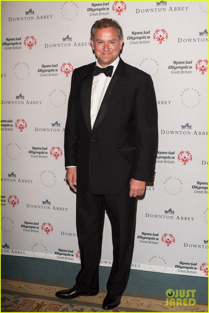 hugh bonneville downton abbey cast support great britains special olympics 033401516