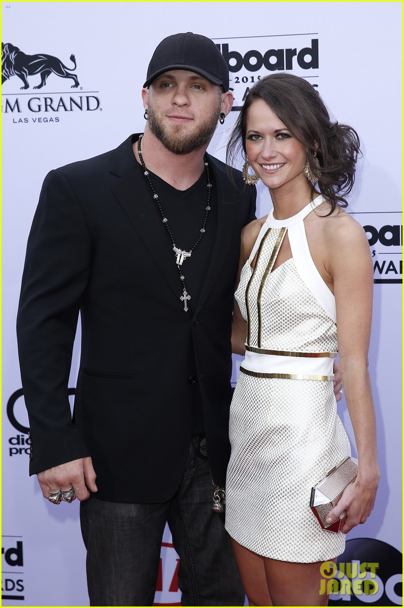 Country singer brantley gilbert marries amber cochran photo country singer brantley gilbert marries amber cochran photo 3405773 amber cochran brantley gilbert wedding pictures just jared m4hsunfo