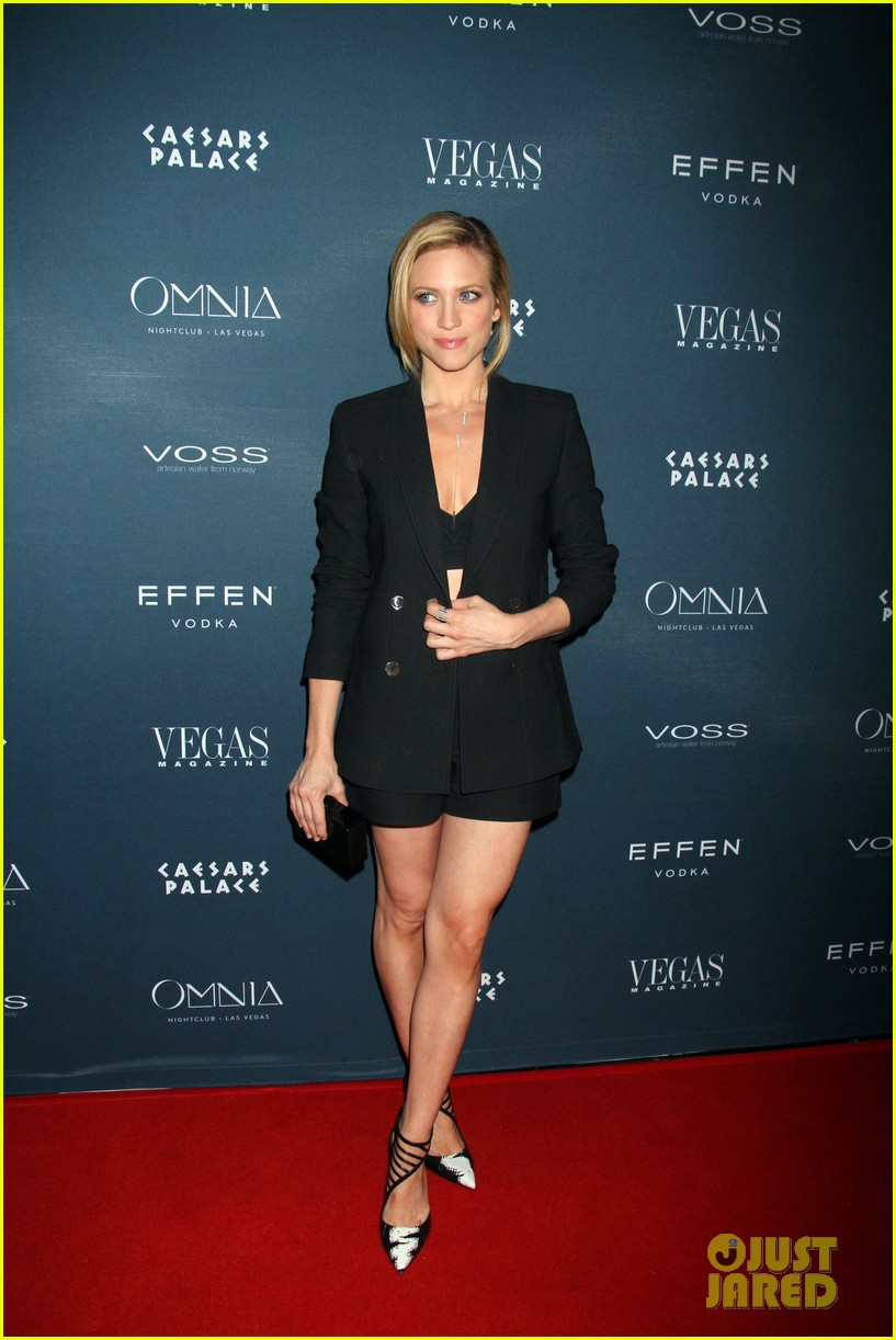 brittany snow vegas magazine anniversary party 033393724