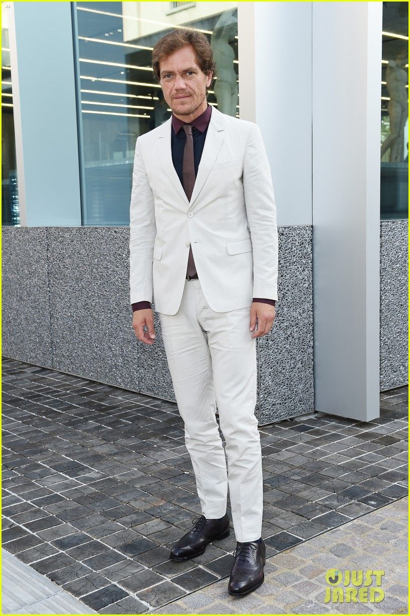 jack oconnell scoot mcnairy suit up in milan for prada 083400244