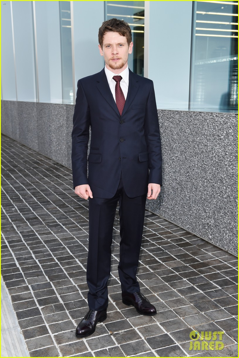 jack oconnell scoot mcnairy suit up in milan for prada 143400250