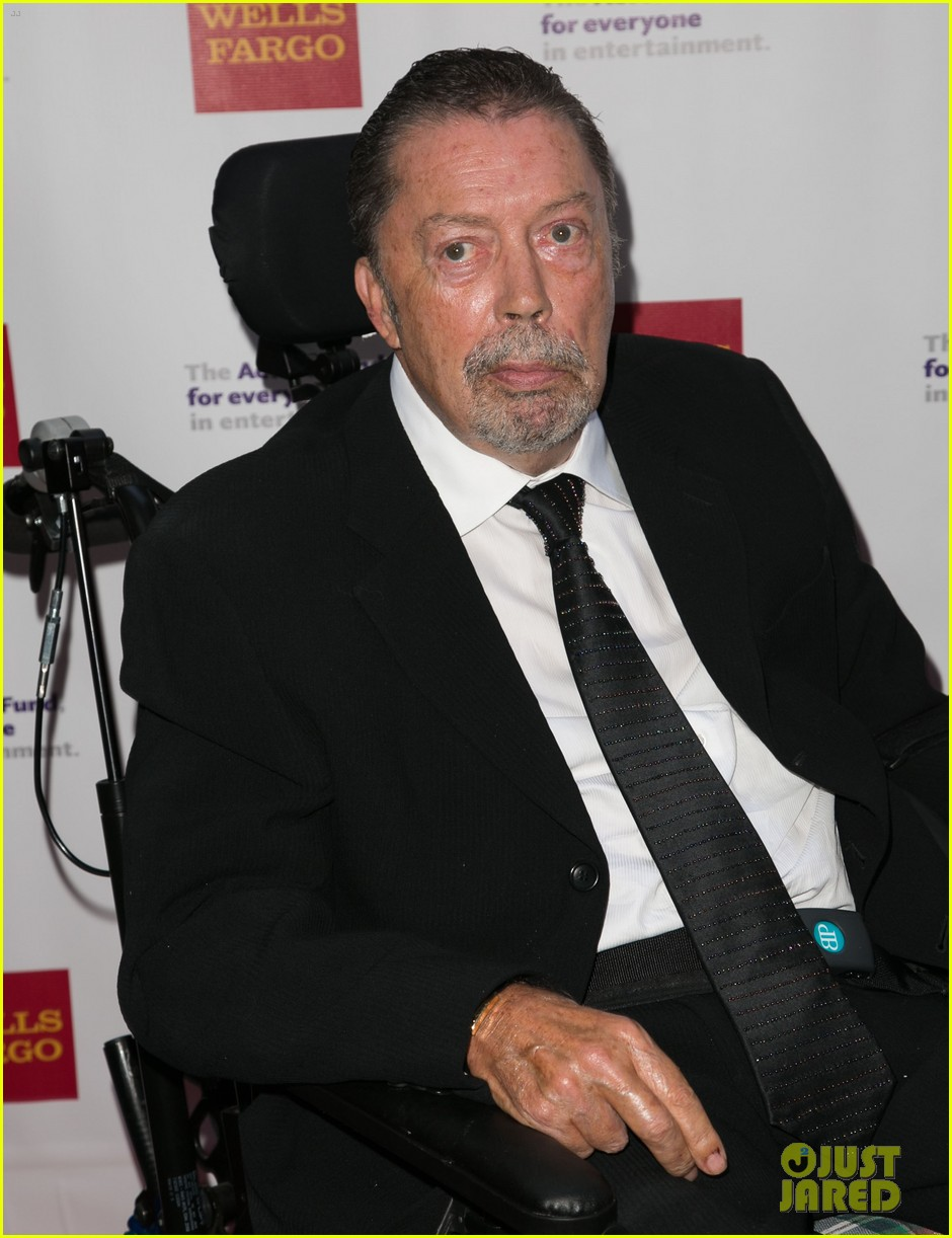 tim curry makes rare appearance after suffering stroke 063389756