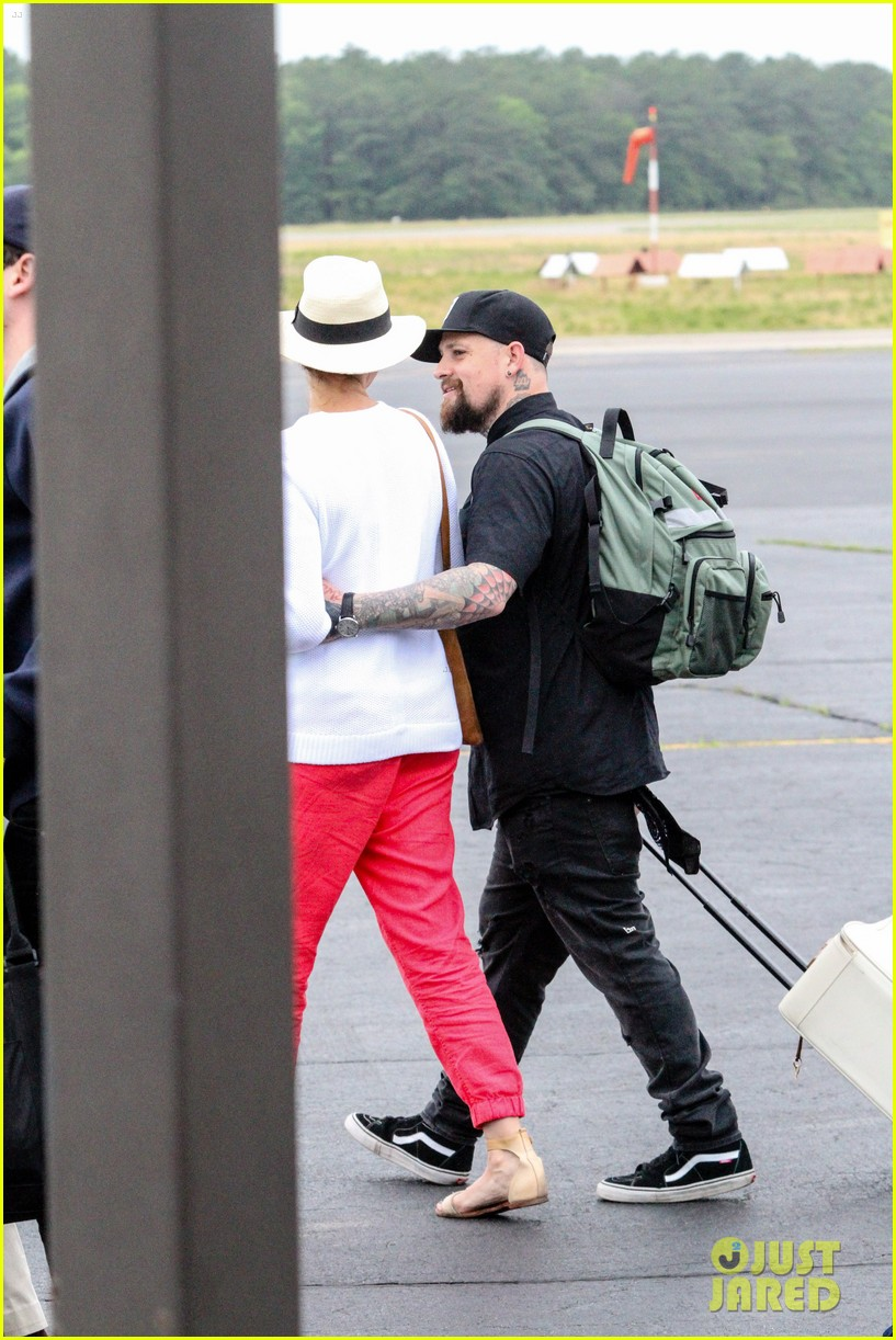 cameron diaz benji madden share some pda 143404693
