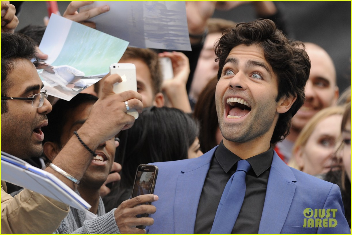 adrian grenier will respond if you call him vincent chase 213389991