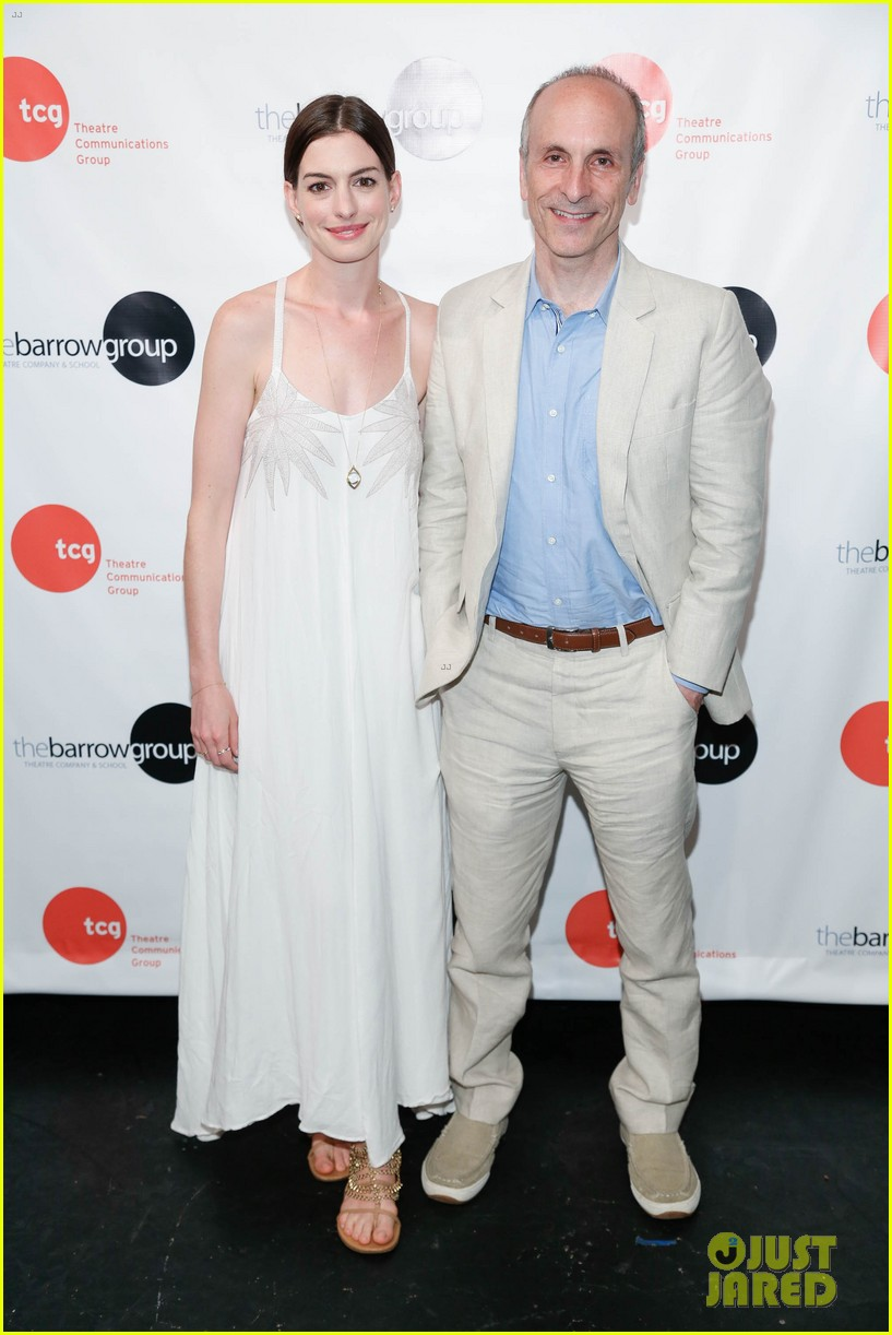 anne hathaway supports seth barrish at an actors companion book release party 013400965