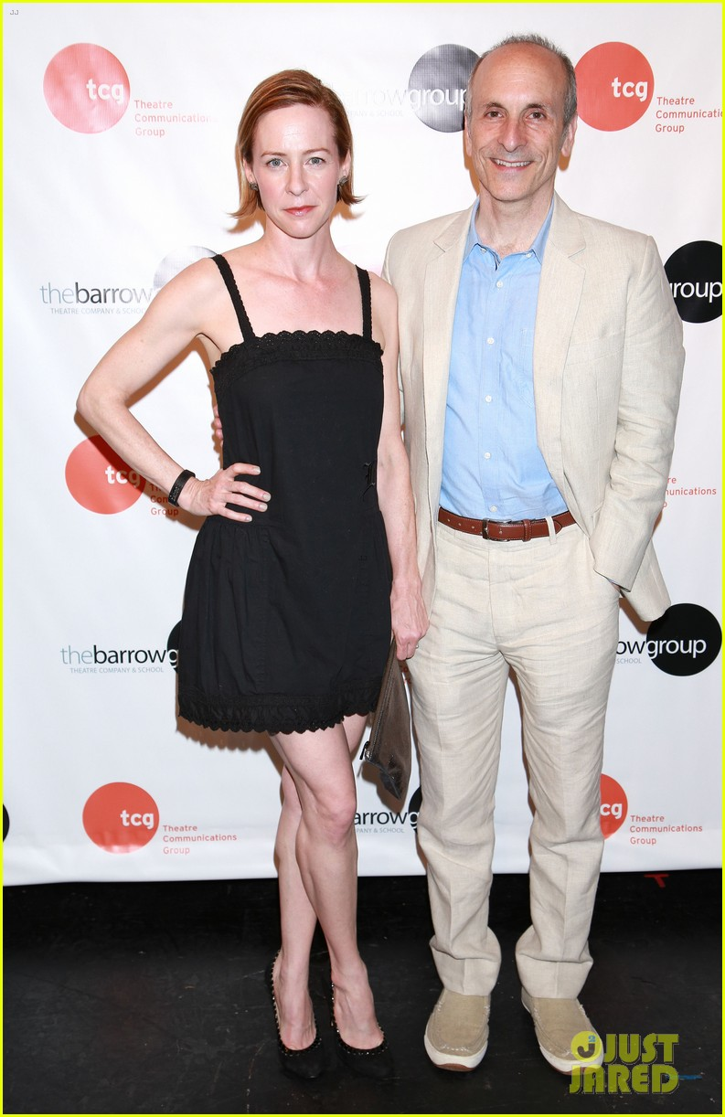 anne hathaway supports seth barrish at an actors companion book release party 103400974