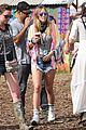 jenna coleman suki waterhouse 2015 glastonbury 14