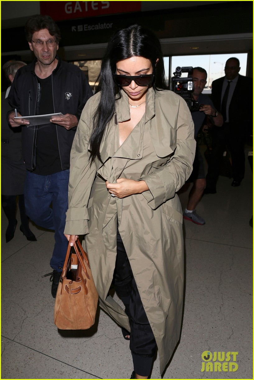 kim kardashian lets it all hang out following baby boy news 193399930