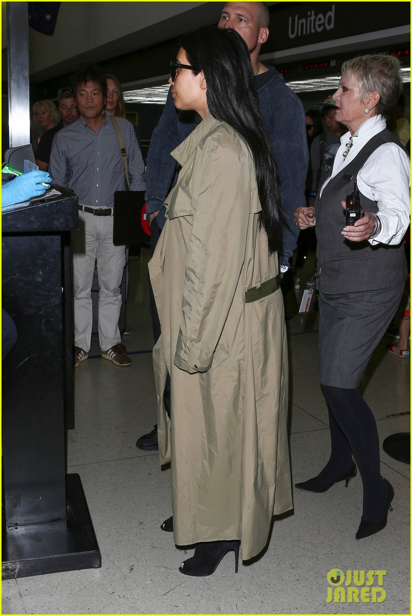 kim kardashian lets it all hang out following baby boy news 303399941