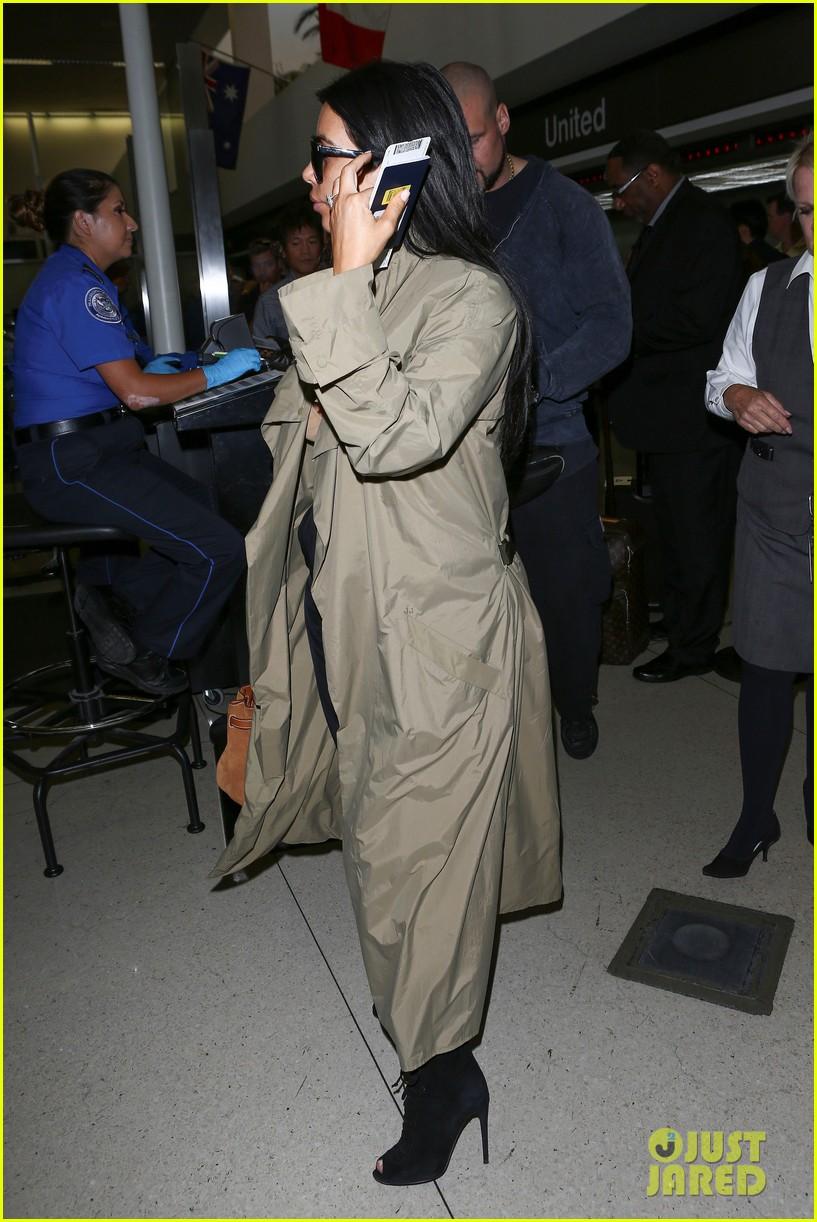 kim kardashian lets it all hang out following baby boy news 313399942
