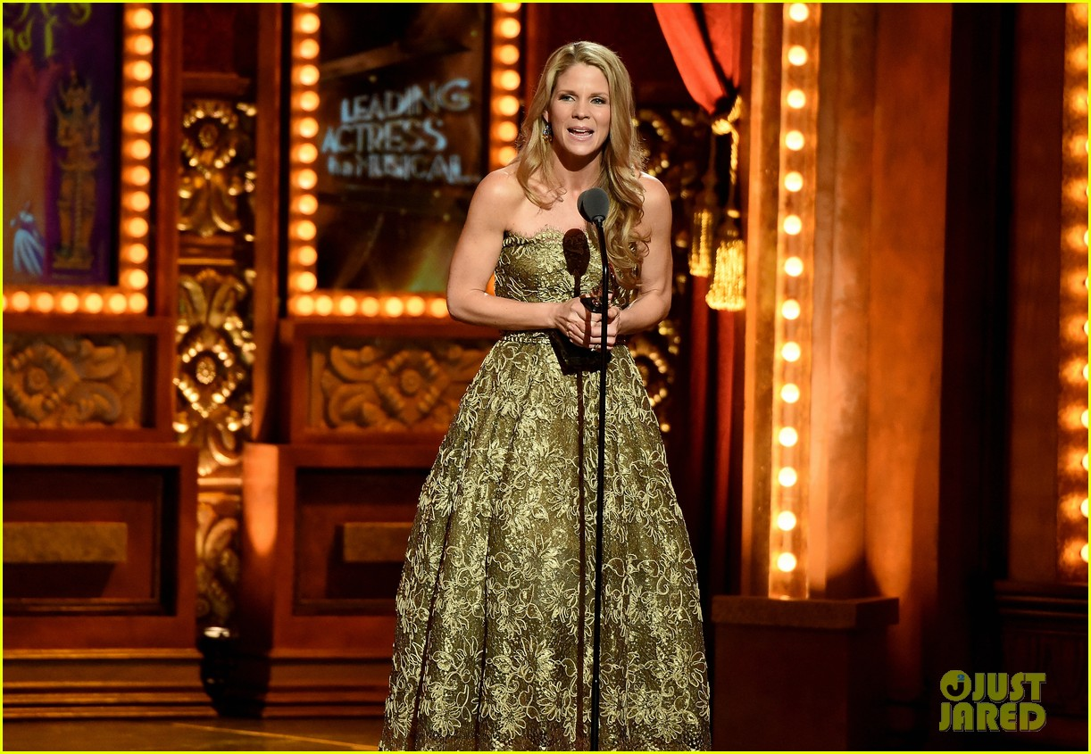kelli ohara wins tony after six nominations 023388528