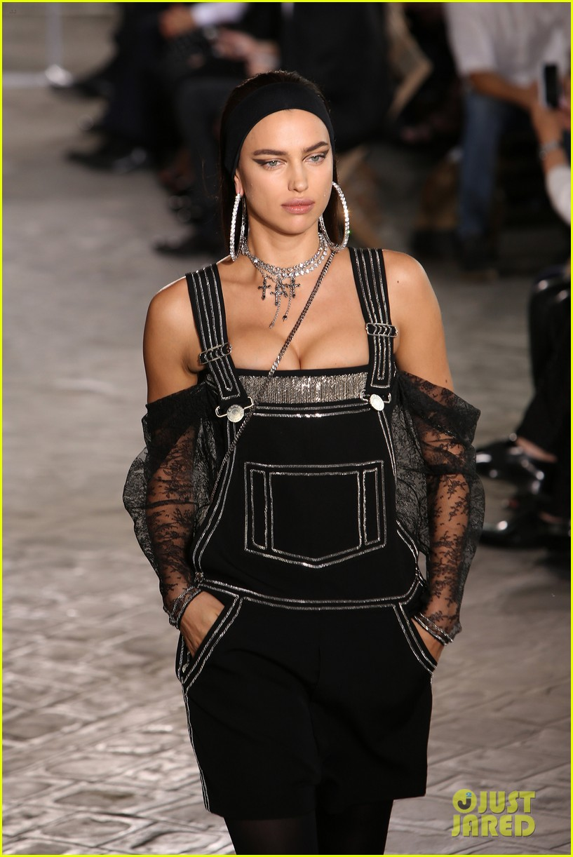 kendall jenner walks givenchy paris before heading london 293403196