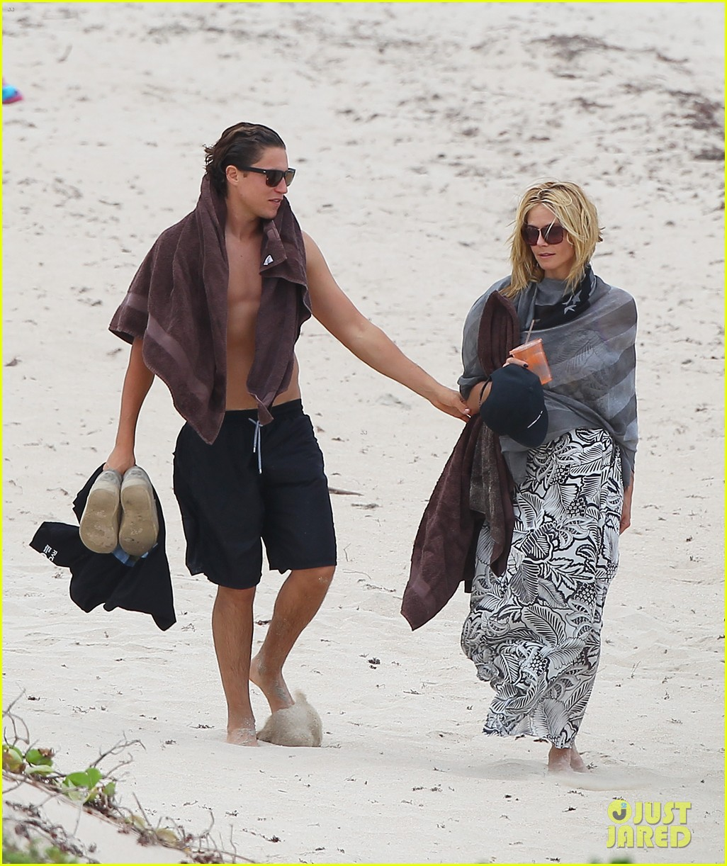 heidi klum vito schnabel pack on pda during st barths vacation 073384334