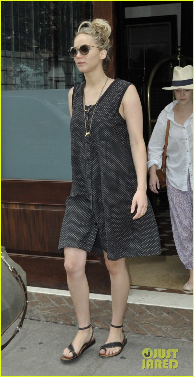 Jennifer Lawrence Is Searching For Tribeca Apartment?