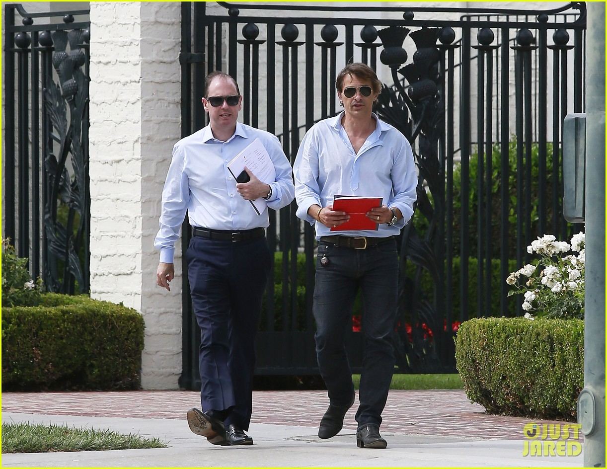 olivier martinez is business hot in beverly hills 093405406