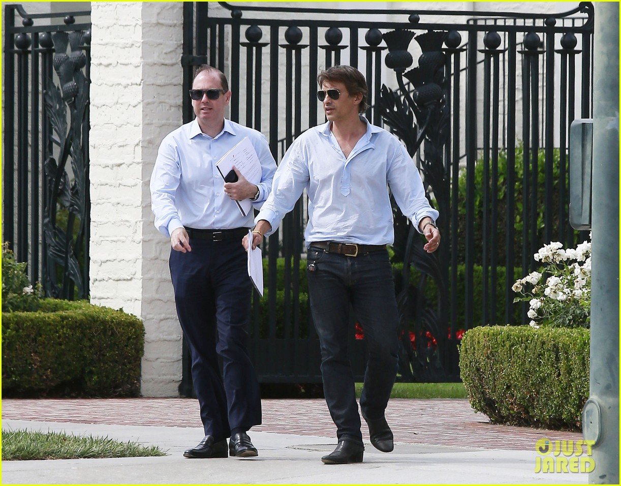 olivier martinez is business hot in beverly hills 113405408