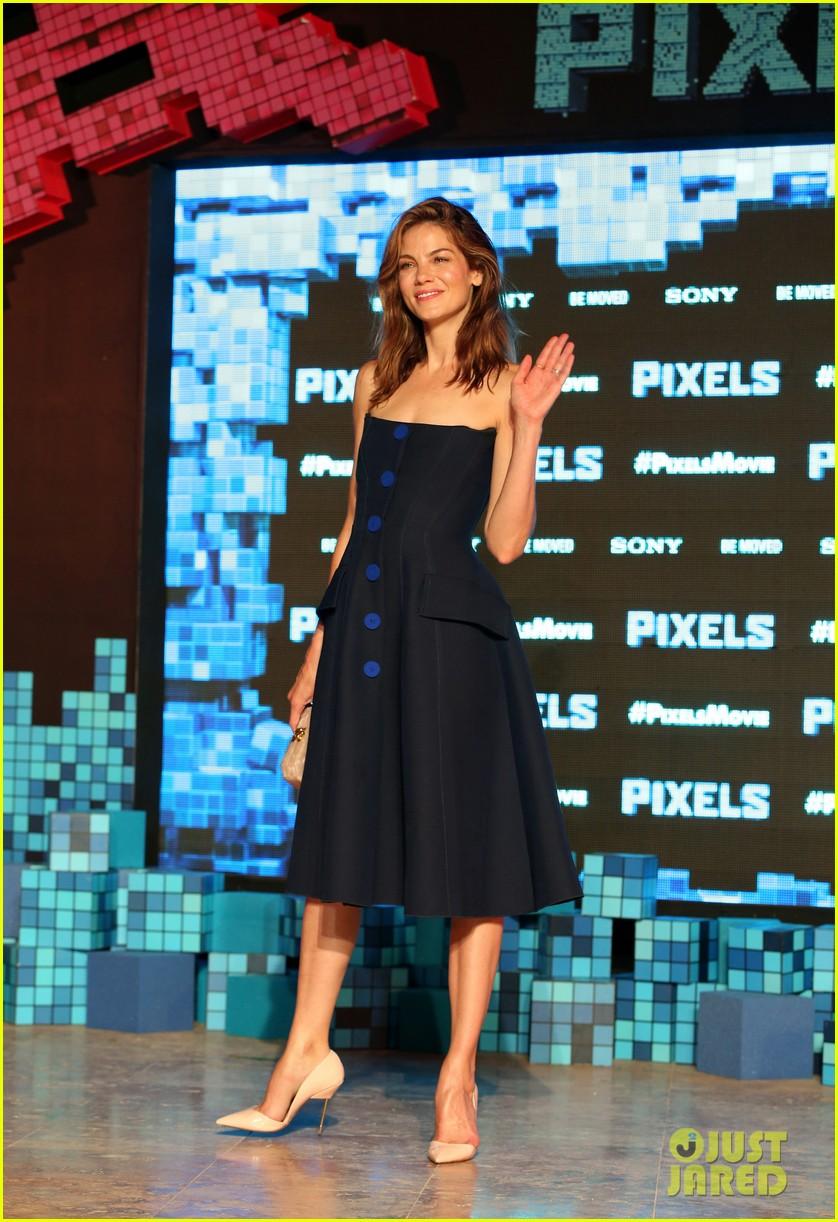 Michelle Monaghan Pixels Hair