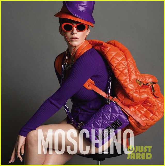 Katy Perry is the MOSCHINO face. Katy-perry-bares-a-lot-of-skin-moschino-ads-02