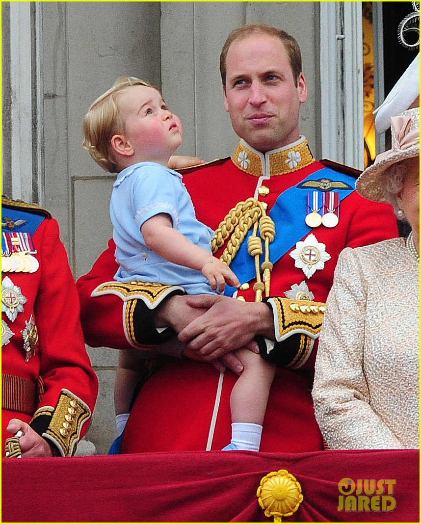 Prince William & Kate Middleton Bring Prince George to