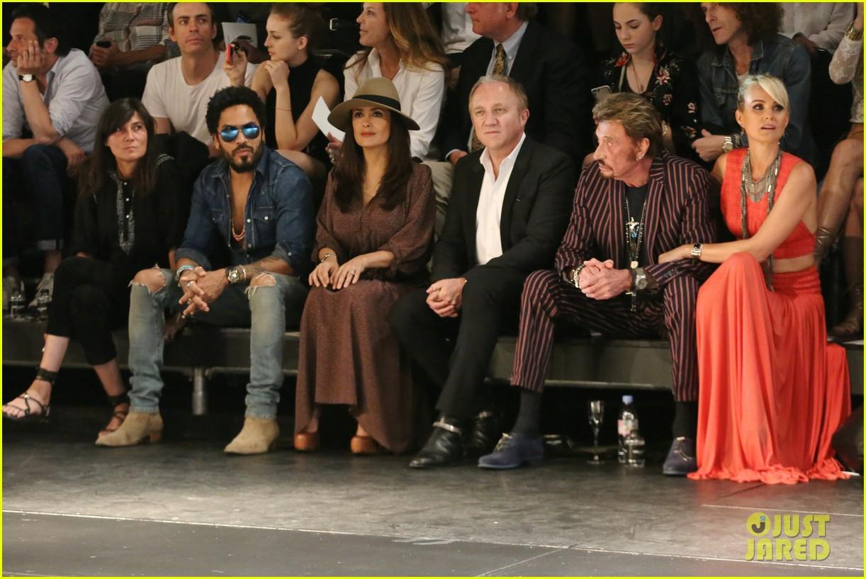 salma hayek lenny kravitz sit front row for saint laurent 123404062