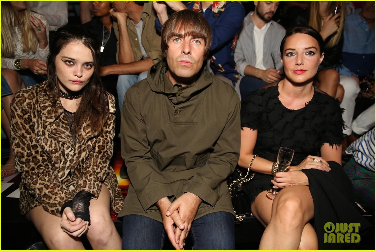 salma hayek lenny kravitz sit front row for saint laurent 213404071