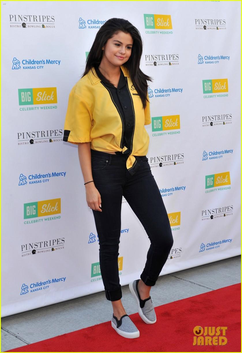 Selena celebrity gomez photos leaked