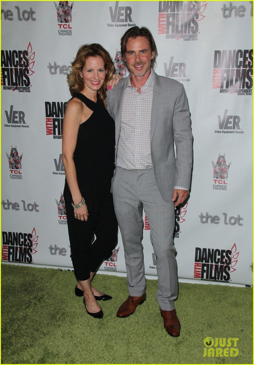 kate walsh john slattery step out to support sam trammell at the aftermath 023383069