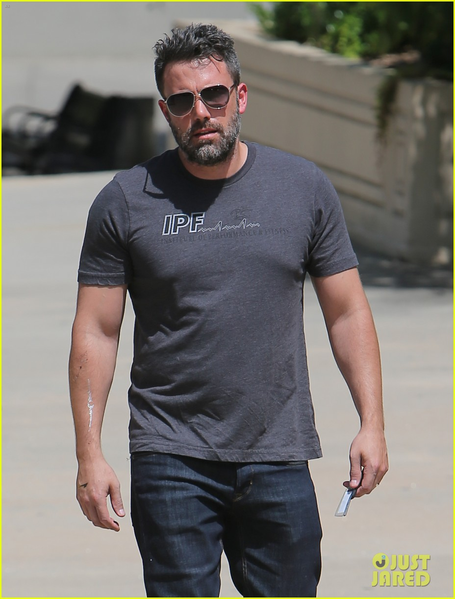 ben affleck to direct star in standalone batman movie 043412183