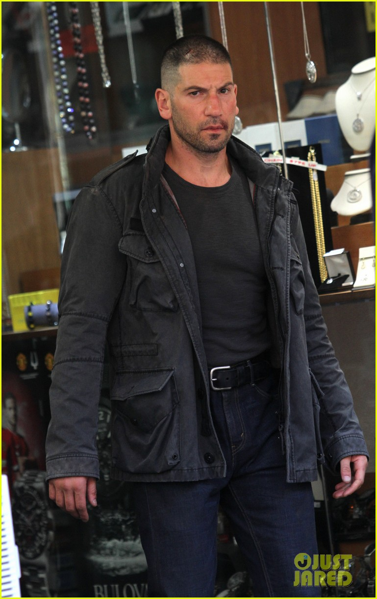 jon bernthal pictured as the punisher on daredevil set 013413269