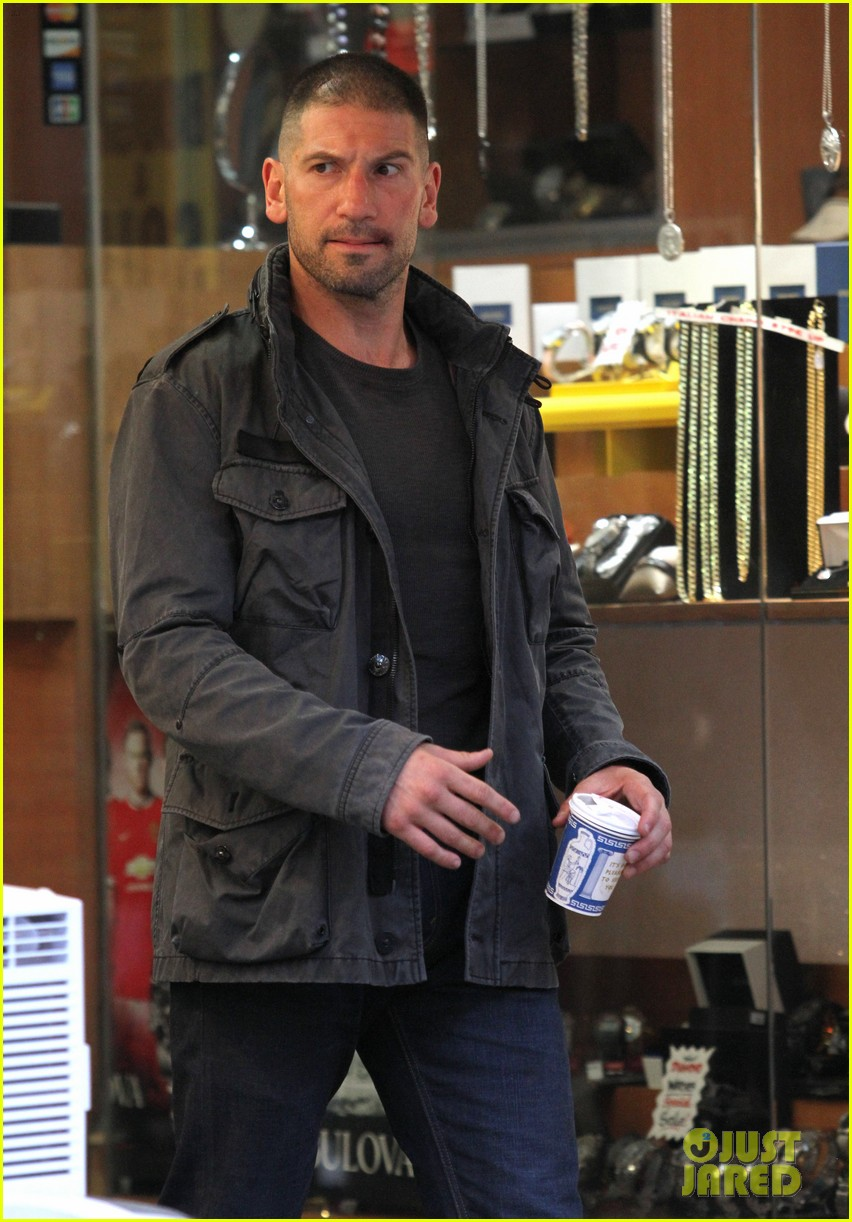 jon bernthal pictured as the punisher on daredevil set 043413272
