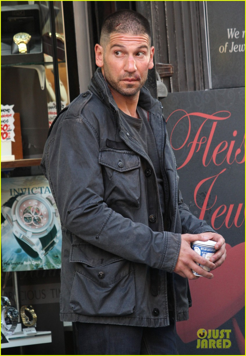 jon bernthal pictured as the punisher on daredevil set 053413273