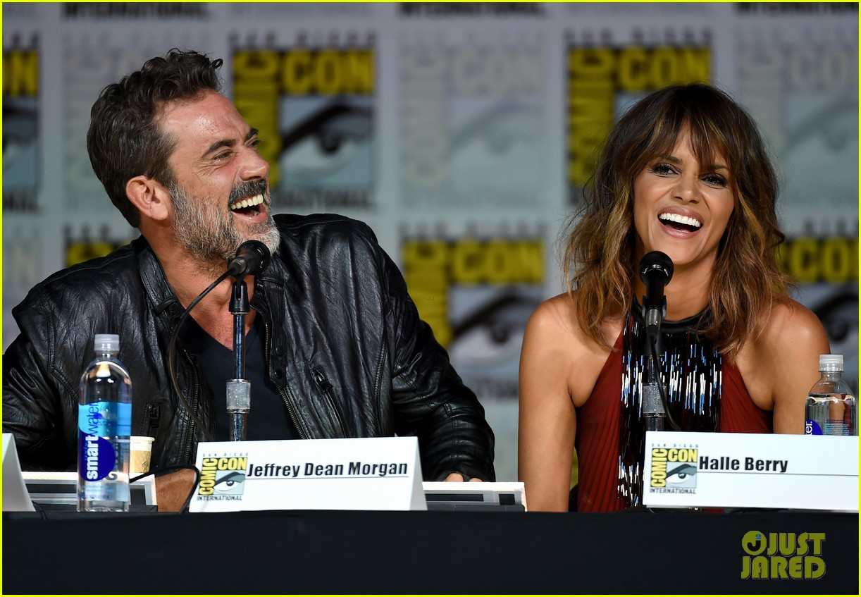 http://cdn01.cdn.justjared.com/wp-content/uploads/2015/07/berry-storm/halle-berry-wants-to-play-storm-in-standalone-movie-11.jpg