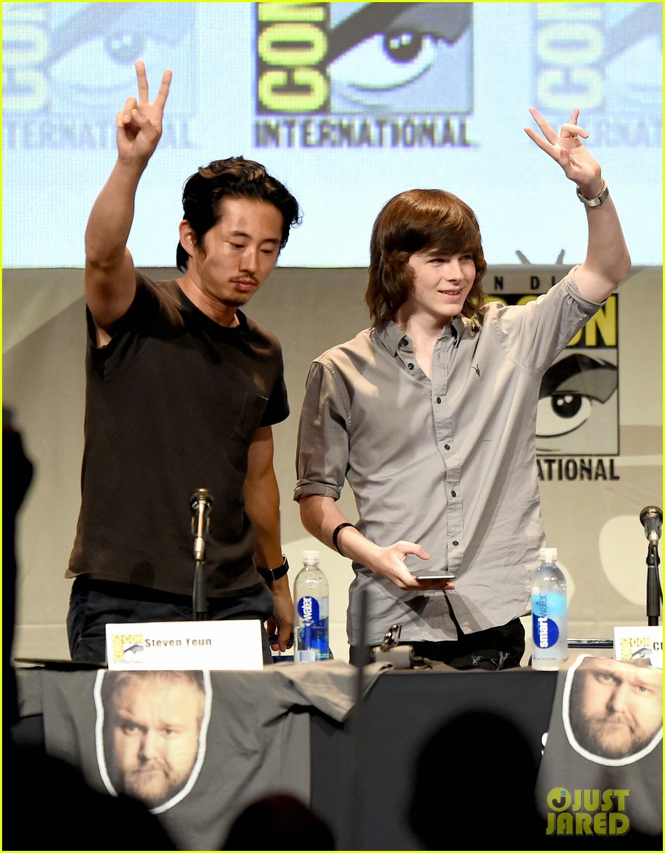 The Two Walking Dead Series Will Not Intersect Yet Photo