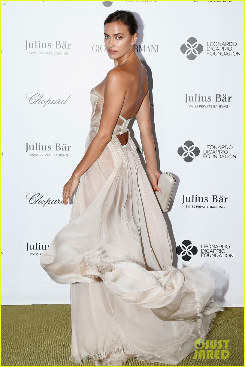 leonardo dicaprio brings girlfriend kelly rohrbach to 2nd annual foundation gala 163422324