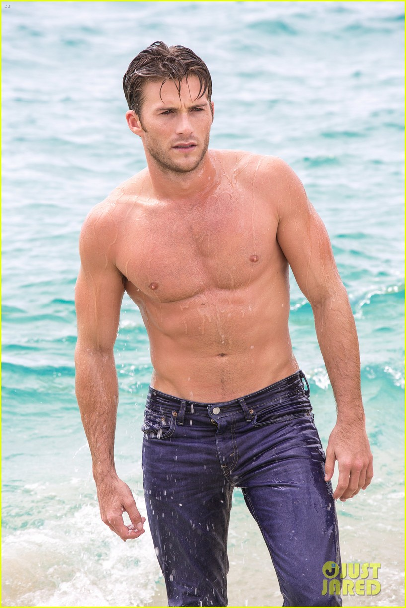 Scott Eastwood's Latest Shirtless Pics for Davidoff Are So Hot