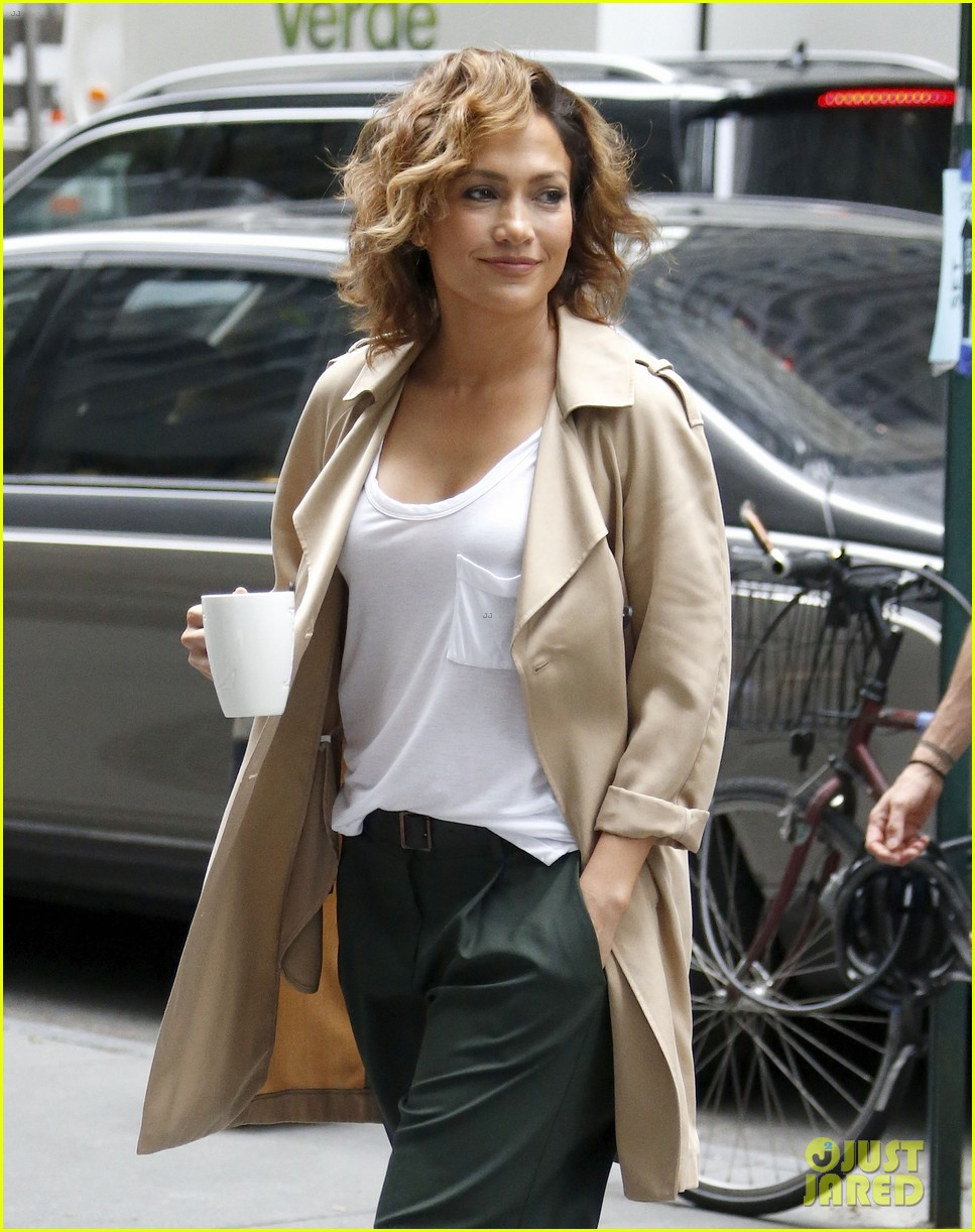 Awe Inspiring Jennifer Lopez Has That 39Short Hair Don39T Care39 Attitude Photo Hairstyle Inspiration Daily Dogsangcom