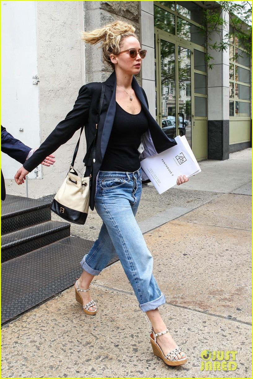 Jennifer Lawrence &amp...