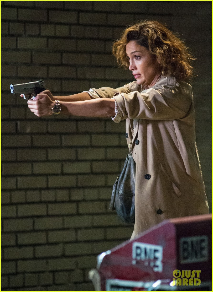 jennifer lopez lila and eve shades of blue gun 203419073