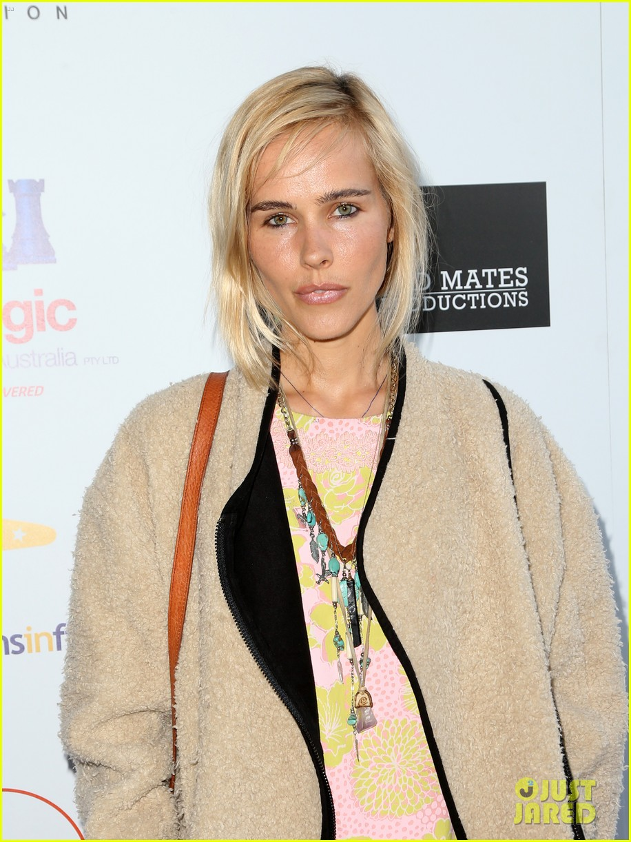 isabel lucas plays herself in that sugar film watch trailer here 043421005