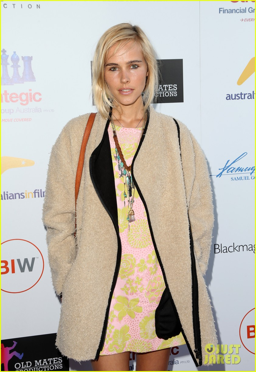 isabel lucas plays herself in that sugar film watch trailer here 053421006