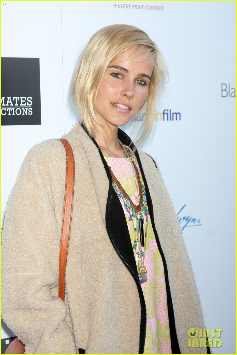isabel lucas plays herself in that sugar film watch trailer here 063421007