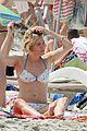 sienna miller flaunts sexy bikini body with shirtless tom sturridge 02