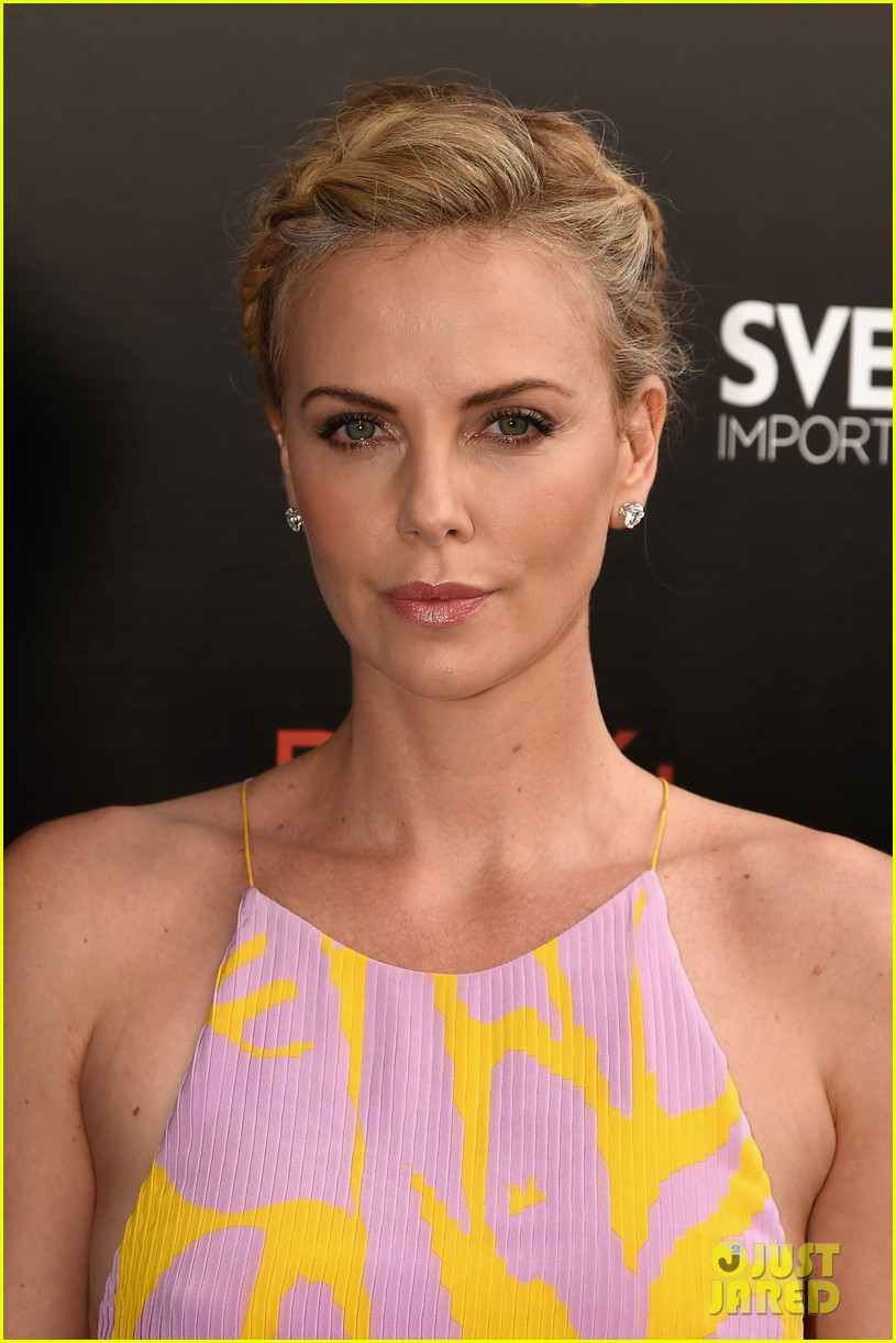 charlize theron dark places premiere 043421444