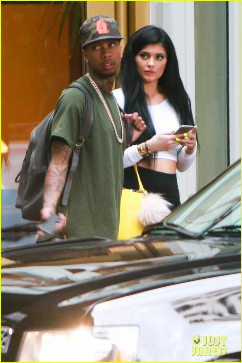 Tyga Cheating On Kylie Jenner With 35 Year Old Video Vixen: Transgender Actress Mia Isabella Responds To Tyga Cheating