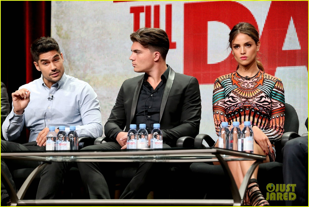 wilmer valderrama co stars tease from dusk til dawn season two 153427677