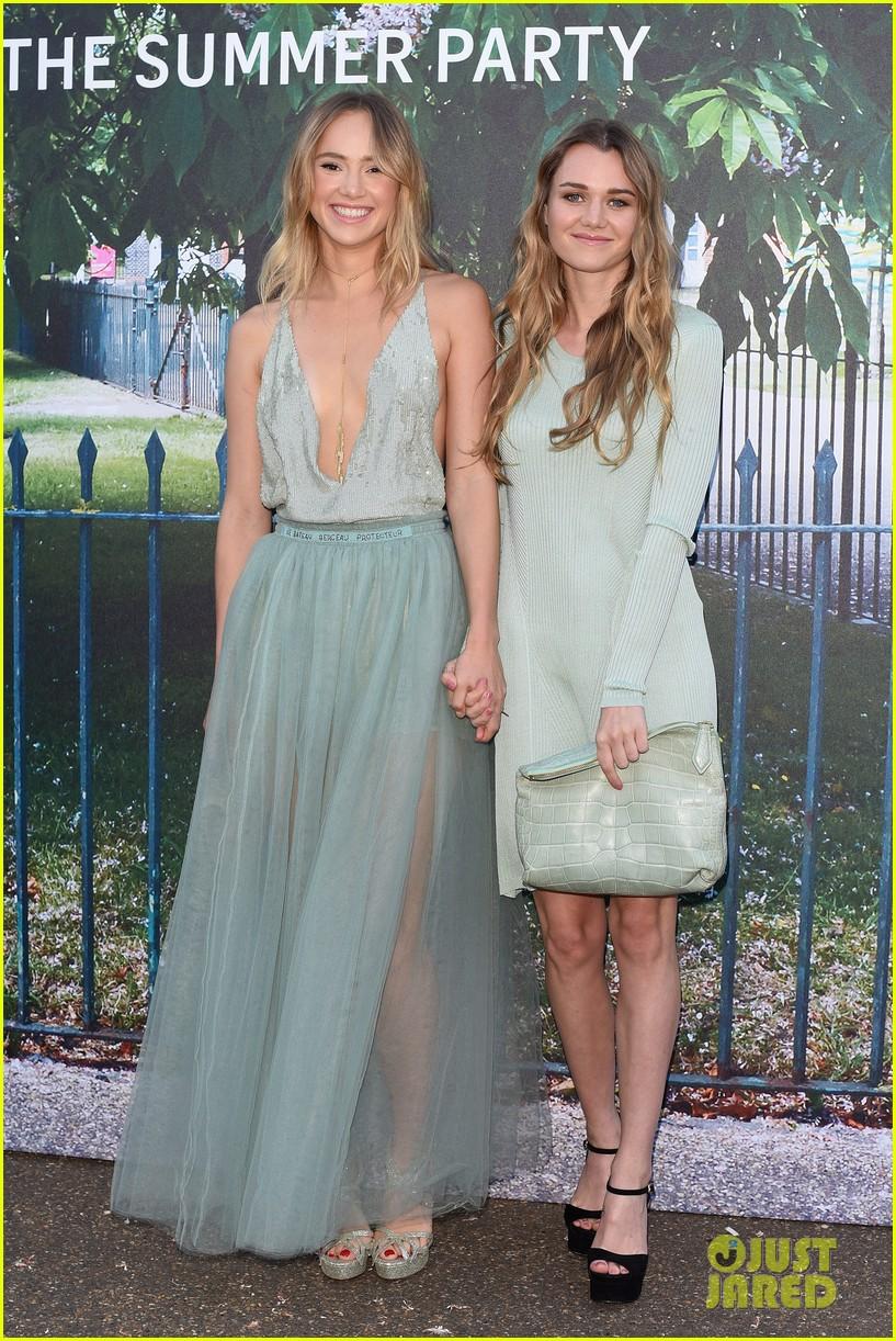 Karlie Kloss Meets Up With Suki Waterhouse For Serpentine Summer ...