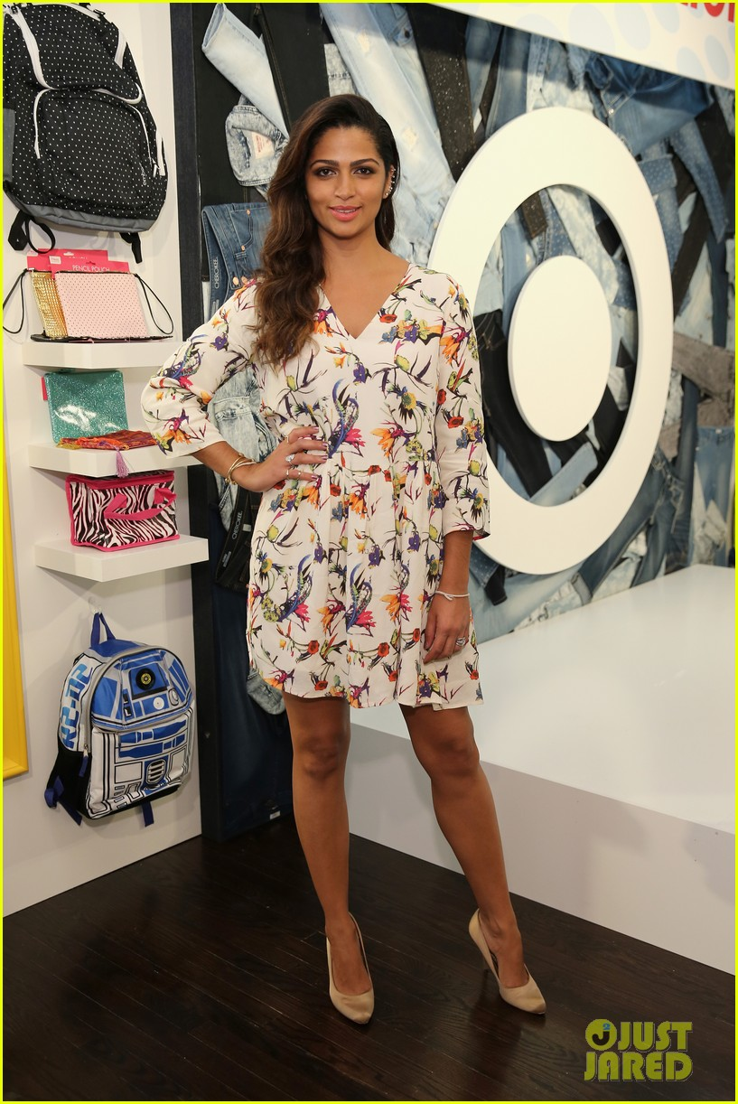 Camila Alves Cooks Up An In-N-Out-Style Burger - Watch Here