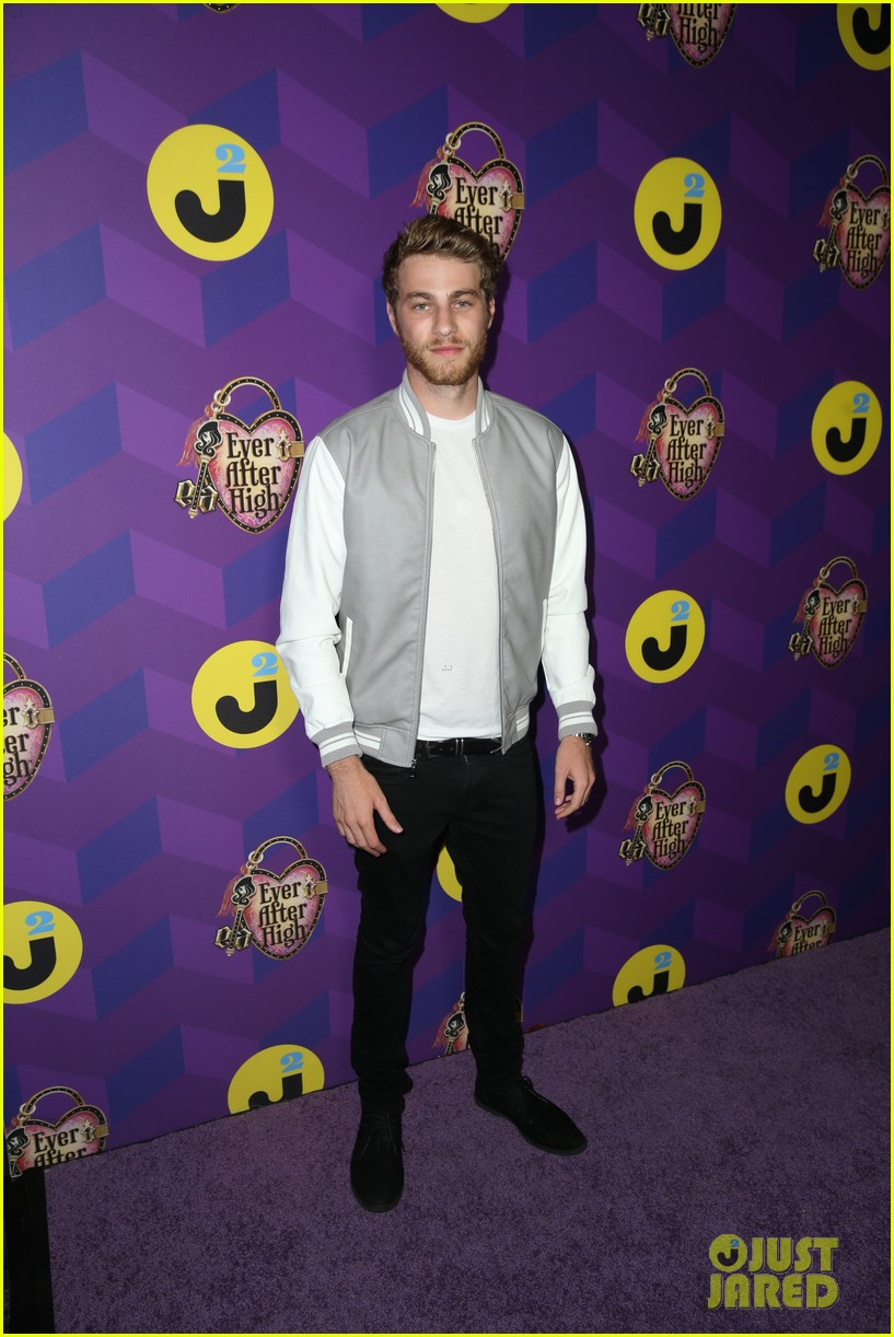 diego boneta will peltz just jared wonderland party 043447530
